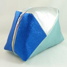 Geo-Bag groß, Hellblau-Silber-Glitzer